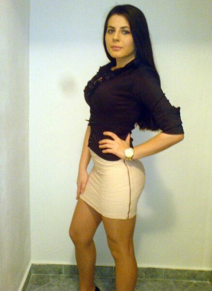 Alisha, 24 cherche une rencontre sexe hard